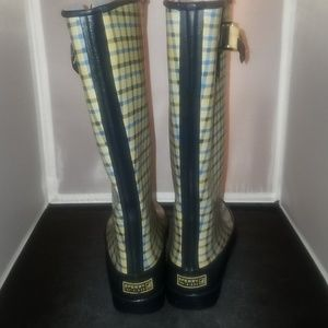 Sperry top side boots. Size  7